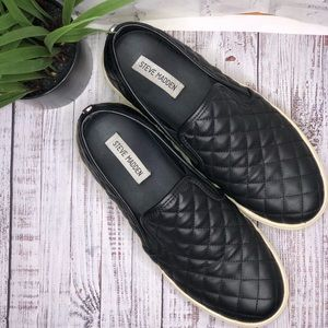 Steve Madden black waffle stitch slip on sneakers
